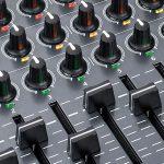 MIDI フィジカルコントローラー